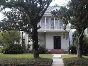 1204 State Street, New Orleans, LA 70118